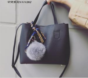Túi xách nữ gắn quả bông - VKBT21111202