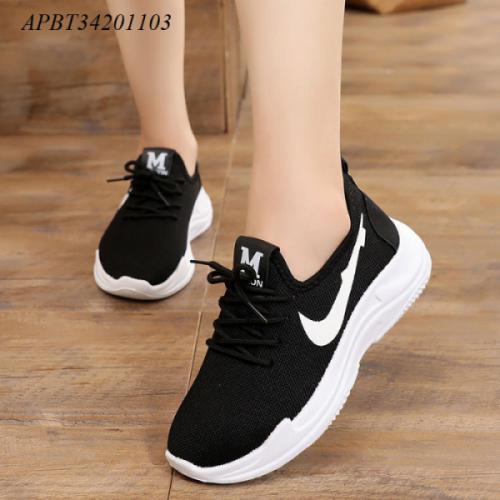 giày thể thao nữ - APBT34201103