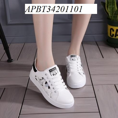 giày thể thao in hoa - APBT34201101